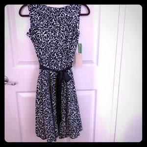 Casual dress in size 4 petite